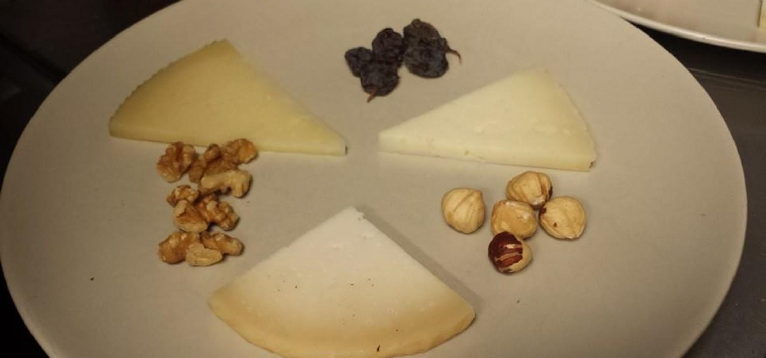 Una tabla de quesos de Málaga indispensable