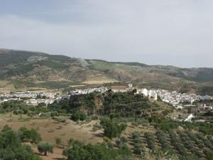 El pueblo de El Burgo se encuentra en pleno Parque Natural de la Sierra de las Nieves.