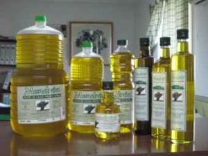 Aceite de oliva de la aldea de Mondrón.