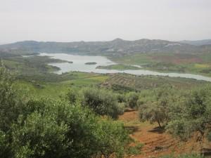 Vista del pantano de La Viñuela desde Periana.