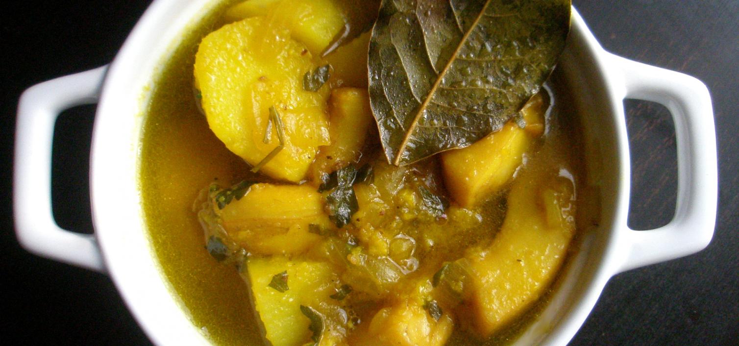 Receta de jibia en salsa con patatas