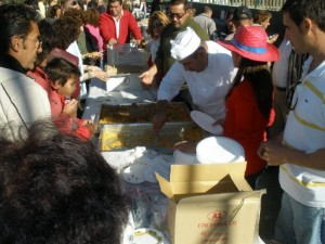 En Parauta se repartirá arroz con conejo.