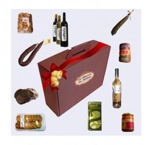Una cesta de navidad con productos malagueños por menos de 65 euros.