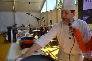 El cocinero Manolo Mérida realizará una demostración en vivo con aoves de gran calidad.
