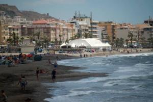 La Feria de la Tapa se celebra a pocos metros del Mediterráneo.