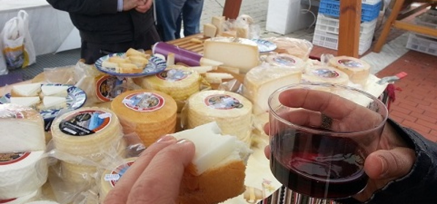 Mercado del queso de Álora