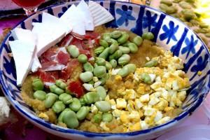 Un plato con habas
