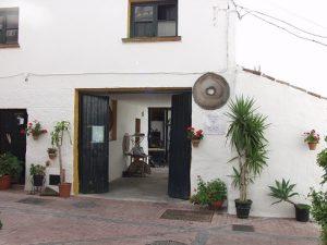 En Benagalbón se encuentra una de las almazaras más antiguas de Andalucía.