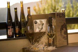 Vinos Ariyanas y disco Picassares.