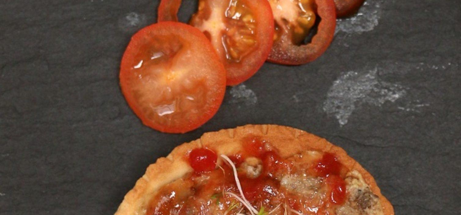 Tapa de pizza en Rincón de la Victoria.