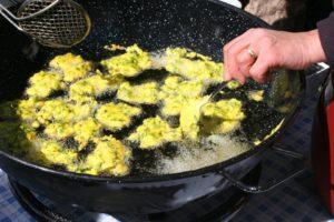 Receta de las tortillitas de cuchara de Algatocín.