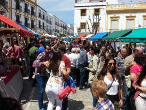 Gran ambiente en la Feria del Pavo de Cañete La Real.