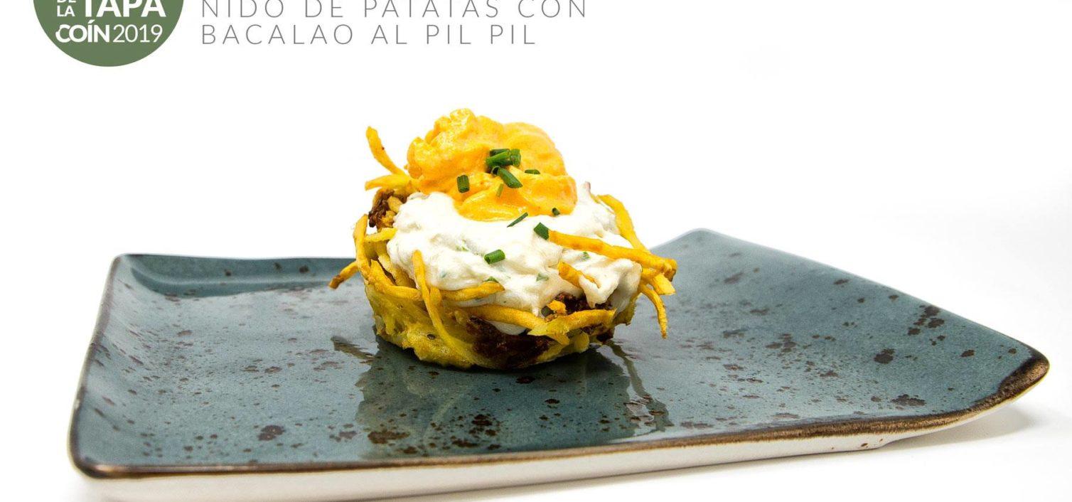 Nido de Patatas Crujientes con Bacalao al Pil Pil y Espuma de Chorizo ( Casa Paco de Coín).
