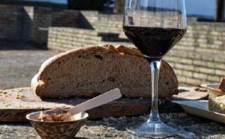 Cata de vinos y quesos de emperadores romanos en Marbella